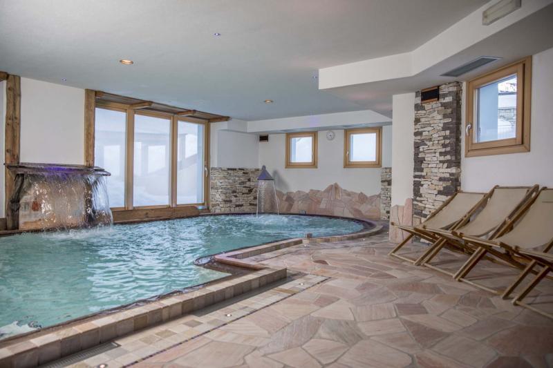Tuffati nell 39 oasi del divertimento dahu hotel residence dahu appartamenti camere e suite - Residence val badia con piscina ...