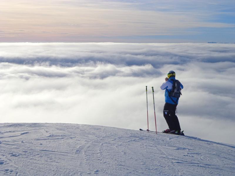 sciare_al_passo_del_tonale_in_primavera